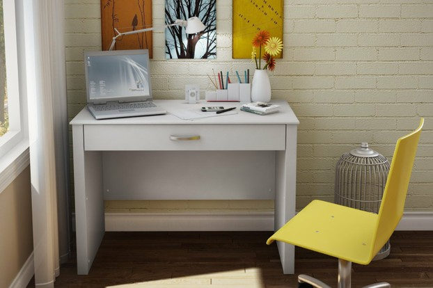 Small White Laptop/Homework Desk for Teens