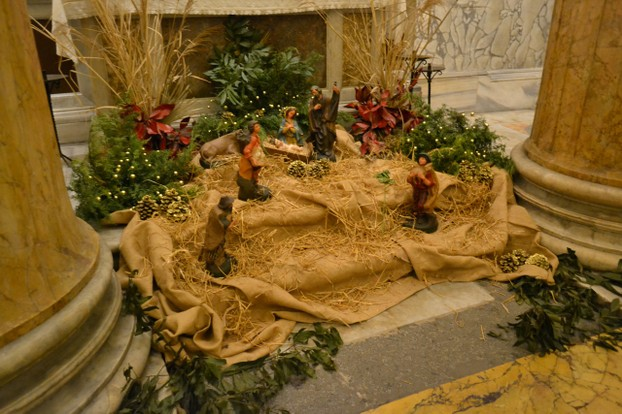 Even the Pantheon has a small yet beautiful nativity scene.