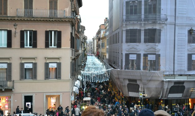 Crowds of shoppers out in front of the Spanish Steps during the Christmas season.