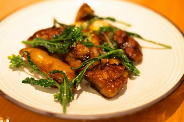 Sweet Nuggets: tamarind glazed sweetbreads, daily vegetables, smoked potatoes