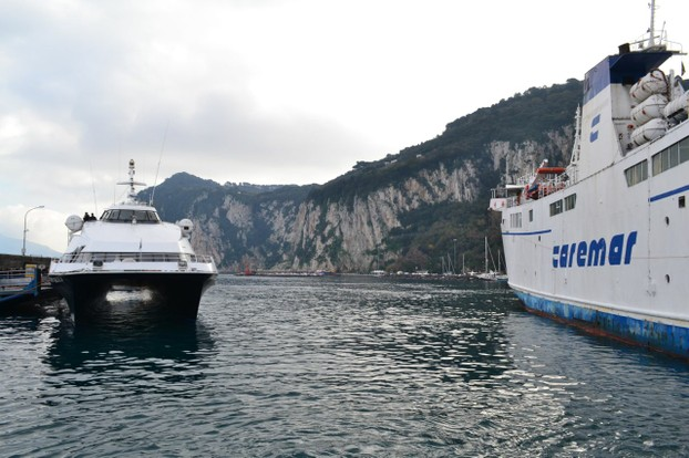 The hydrofoil that gets you to and from Capri.