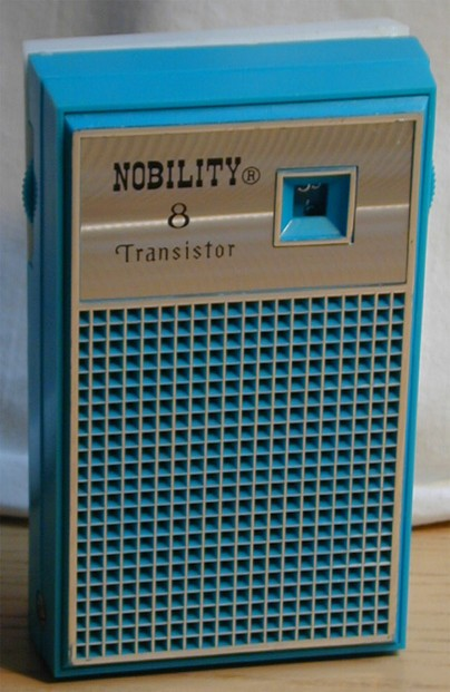 Vintage transistor radios and do it yourself radio kits my first radio just the way i remember it solutioingenieria
