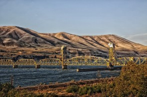 Columbia River Bridge from Oregon to Washington