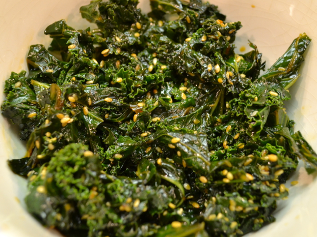 Japanese-Style Kale with Sesame Seeds