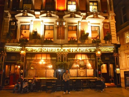 "The ""Sherlock Holmes"" is a great stop for classic ""pub grub"""