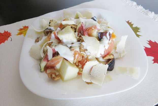 Delicious Savory Melon and Fig Salad