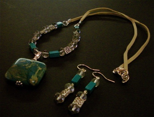 Combine suede cord and beaded wire designs for different styles of jewelry making