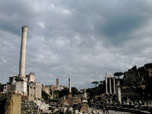 Use the Roma Pass to avoid lengthy lines to visit the Forum and other popular attractions.