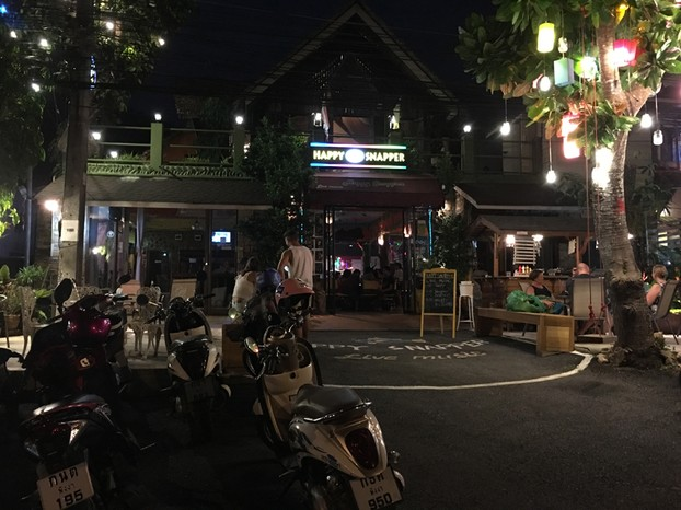 Happy Snapper bar in Khaolak