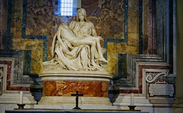 La Pieta by Michaelangelo, St. Peters, Roma