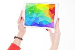 Women holding an Ipad
