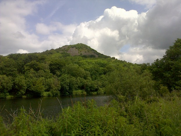 Tegg's Nose from the Macclesfield ( locally known as Macc ) Forest