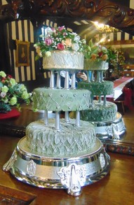 a leaves and flower wedding cake