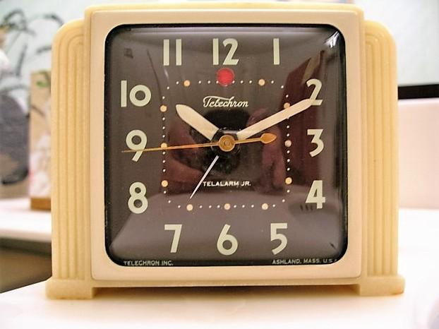 Telechron /& GE Clocks 1925-55 NEW! Electrifying Time
