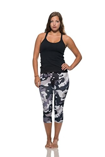Workout Capris in Camo Print