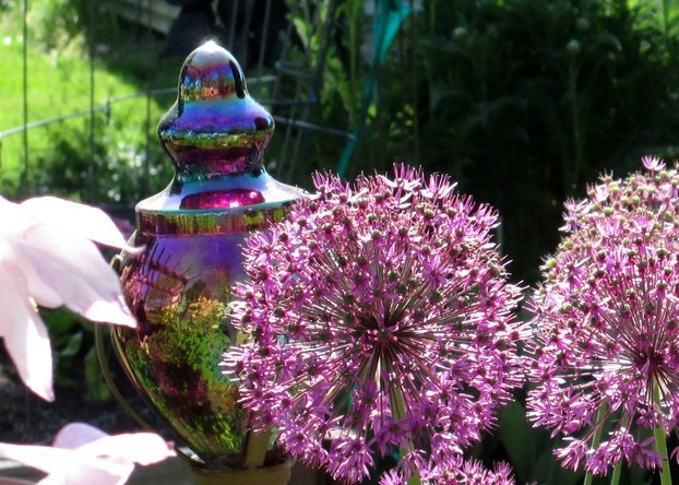 Art Glass Garden Orb