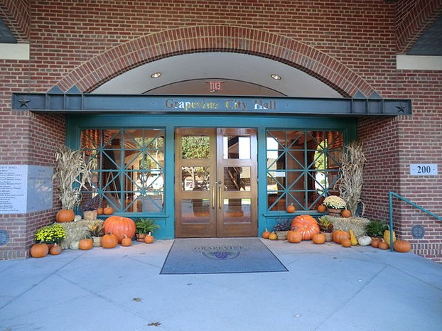 Grapevine City Hall entrance, Oct 2012