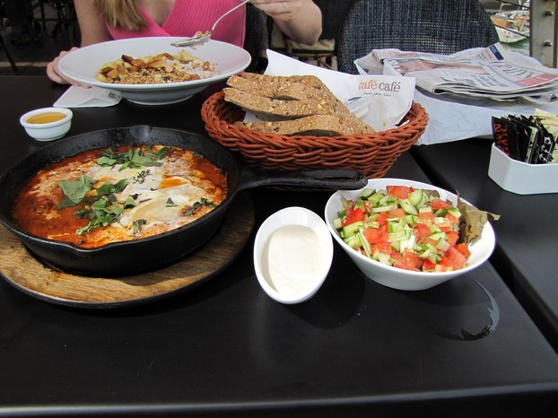 """shakshouka breakfast in Tel Aviv -- October 2009"""