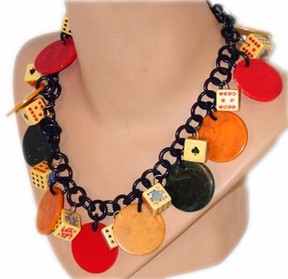 kitsch poker necklace