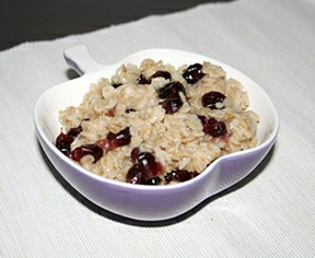 Oatmeal with Cranberries. Health Benefits