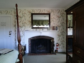 Fireplace room Inn