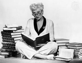 Judy Holliday as Billie Dawn