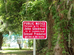 Red Sexual Predator Signs in Bradford County, Florida