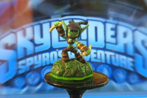 Original Stealth Elf Skylander
