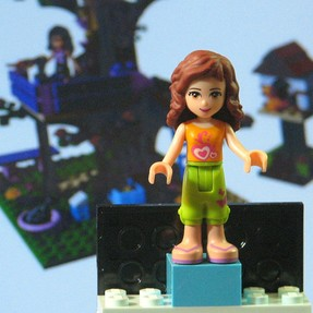 Lego Friend Olivia and tree house