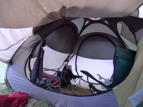 Image: Quechua Pop-Up Base Tent