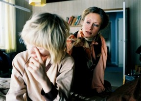 Image: Yvonne and Oskar in Let the Right One In