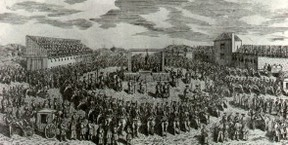 Image: Crowd around a gallows