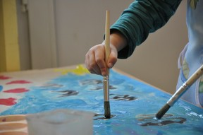 Image: Kindergarten Kid Painting